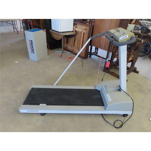 (CV) Cadence 4250 Treadmill