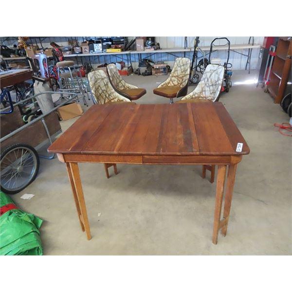"(CV) Wooden Table 31"" x 43"" & 4 Swivel Retro Chairsa"