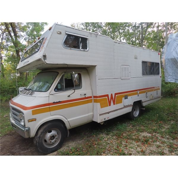 77 Dodge Minni Winnie Winnebago 360 AT 78,000 Miles Dually, Bathroom - w TOD - NO SAFETY