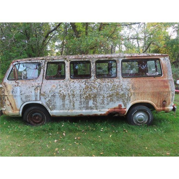(MAT) 67 GMC Handi- Van Inline 6 Cyl 3 On Tree 13 Window Van- LOCATED IN MATLOCK CALL FOR VIEWING WA