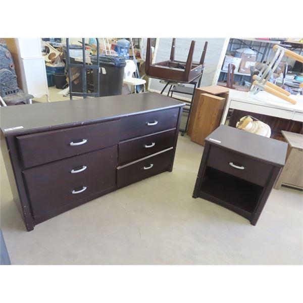 """Dresser 30""""x 57"""" x 18"""" & Nite Table 24"""" x 23"""" x19"""""""