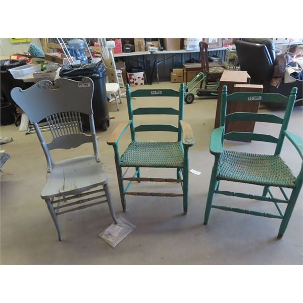 (TS) 3 Painted Chairs