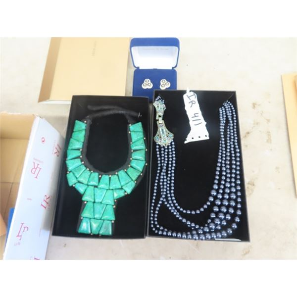 2 Beautiful Heidi Daus Necklaces & Set of Pierced Earrings