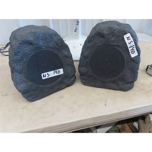 2 Outdoor Blue Tooth Speakers