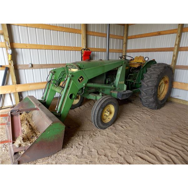 John Deere Model 2140 Tractor with Model 148 Front end Loader + Bale Spear - 3 point hitch