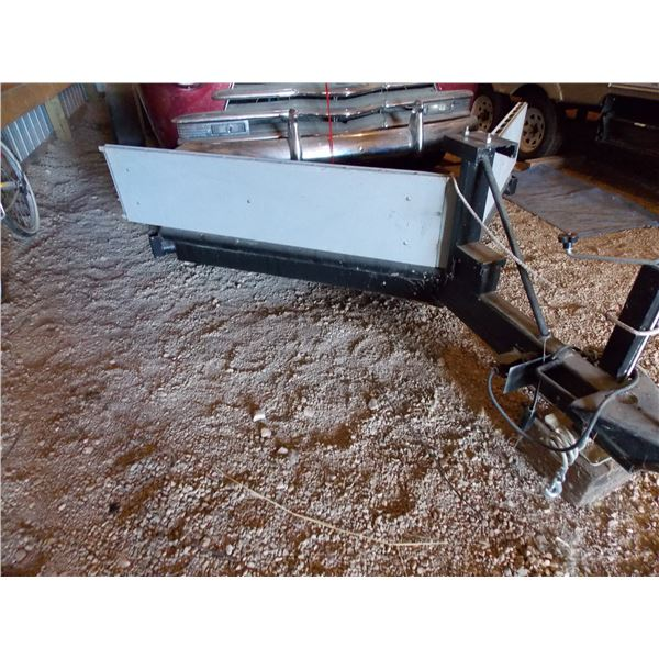 2012 20 ft  Flatdeck Tandem Axel Trailer with V-Nose Foldout Ramp System 2N9BS2119BS041170