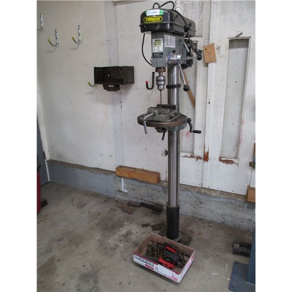 Trademaster floor drill press 7.5Amp with accessories