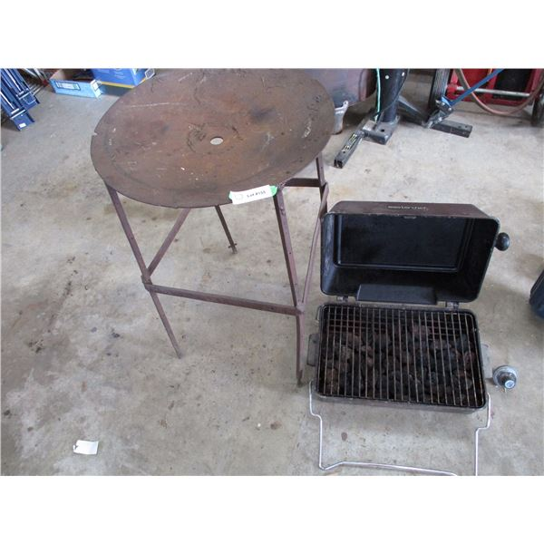 Masterchef Charcoal Grill + work stand