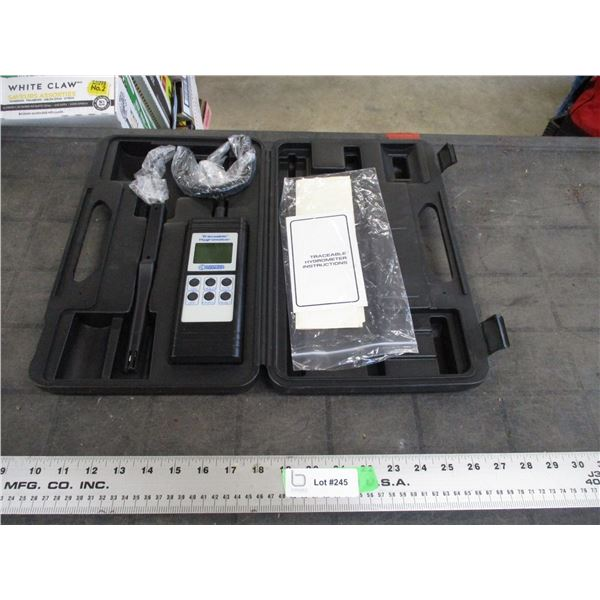 traceable hygrometer in case