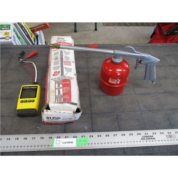 """KLEIN VDV Distance meter, 17-24"""" adjustable support post + oiler can"""