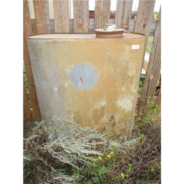 metal water tank (48x32)