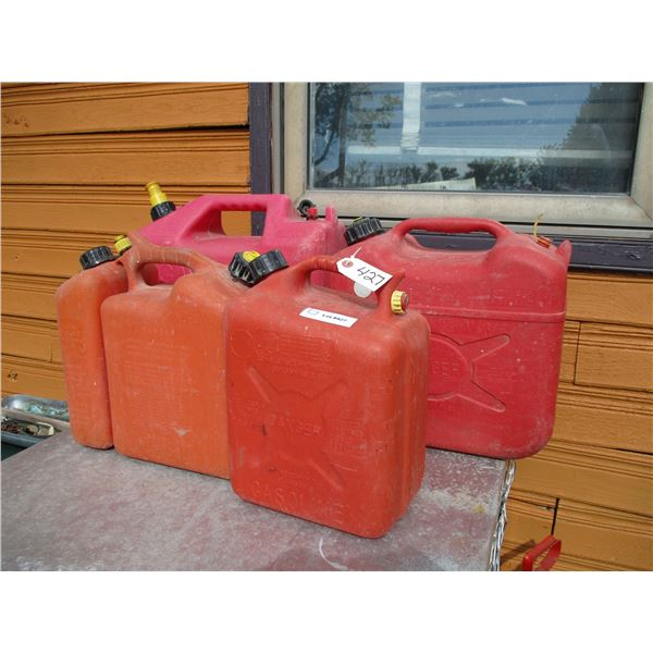 4 gas cans