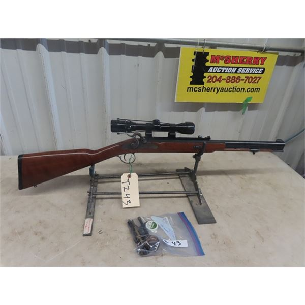 Thompson Arms White Mountain Carbine SS 50 Cal Muzzle Loader S# 8951 w Scope 8 x 32 & Bag of Accesso