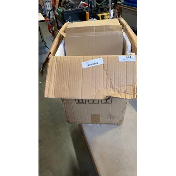 BOX OF ACRYLIC DISPLAY SIGNA ND PAMPHLET HOLDER