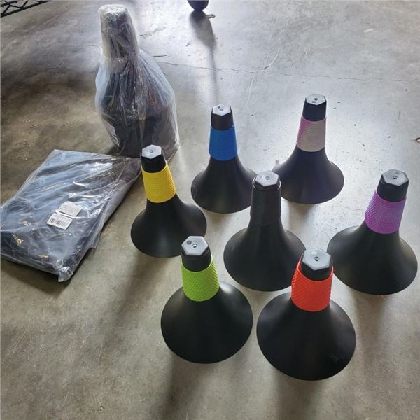 2 NEW 7 PC COLOR CODED PILON SETS AND MESH BALL BAGS BACKPACK