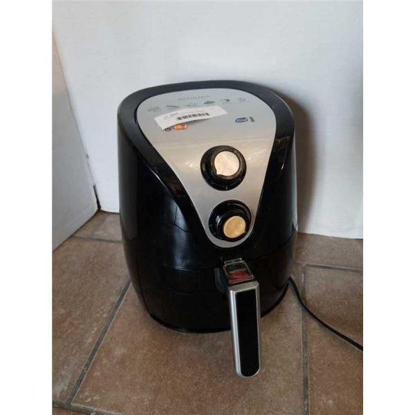 INSIGNIA 3.2L AIR FRYER - TESTED WORKING