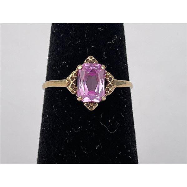 10k Yellow Gold Pink Gemstone Ring