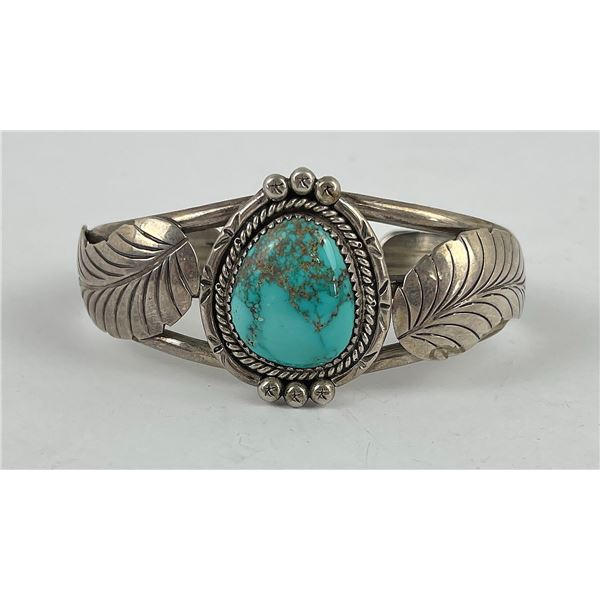 Finely Made Navajo Turquoise Bracelet