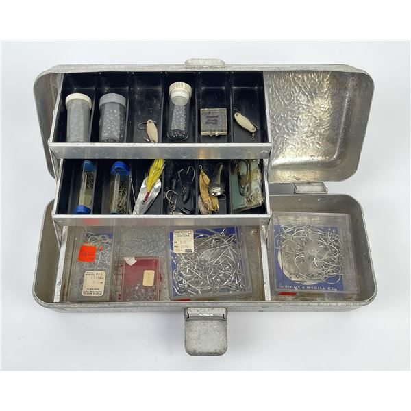 Umco Aluminum Fishing Tackle Box