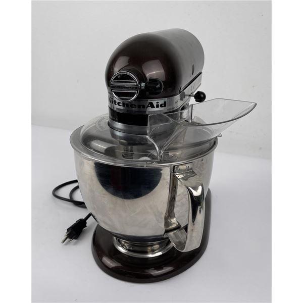 Very Clean Kitchenaid Artisan Stand Mixer