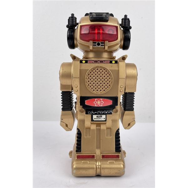 Vintage 2002 Battery Operated Robot Toy