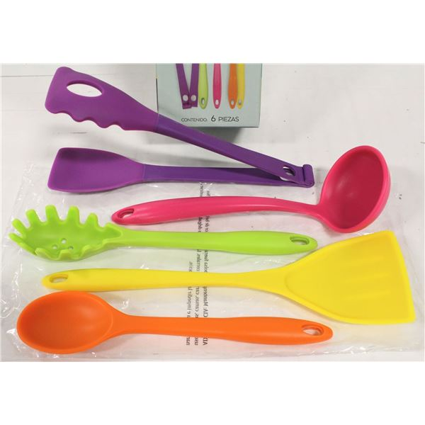NEW SET OF 5 HIGH HEAT SILICONE COOKING UTENSILS