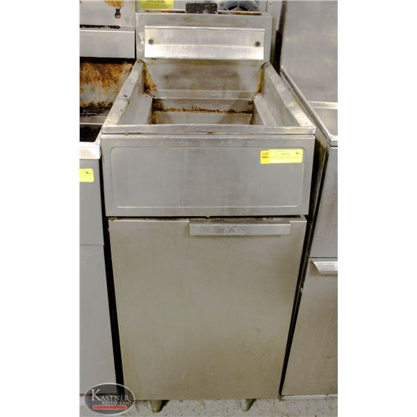 DEEP FAT FRYER FOR PARTS *AS IS*