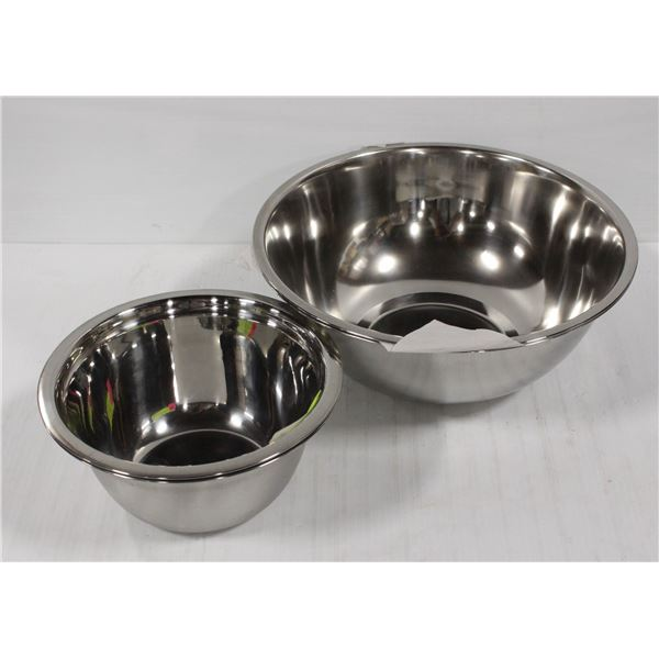 LOT OF 4 NEW STAINLESS STEEL MIXING BOWLS