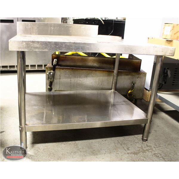 K26 BAILIFF SEIZURE: SS TABLE/ STAND
