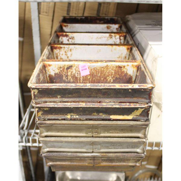 LOT OF 5 LOAF PANS