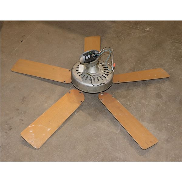 COMMERCIAL CEILING FAN- 5 BLADES