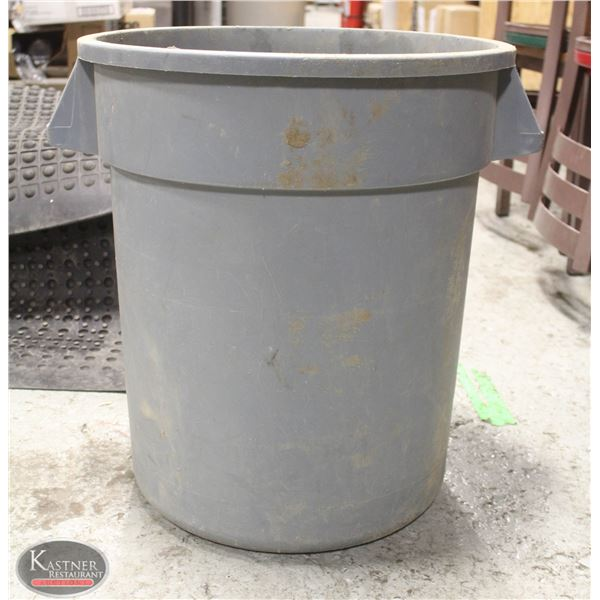 BRUTE 20 GALLON COMMERCIAL TRASH CAN GRAY