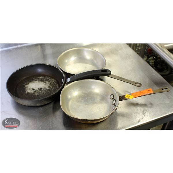 "K25 BAILIFF SEIZURE:LOT OF 3 FRY PANS 7.5"""