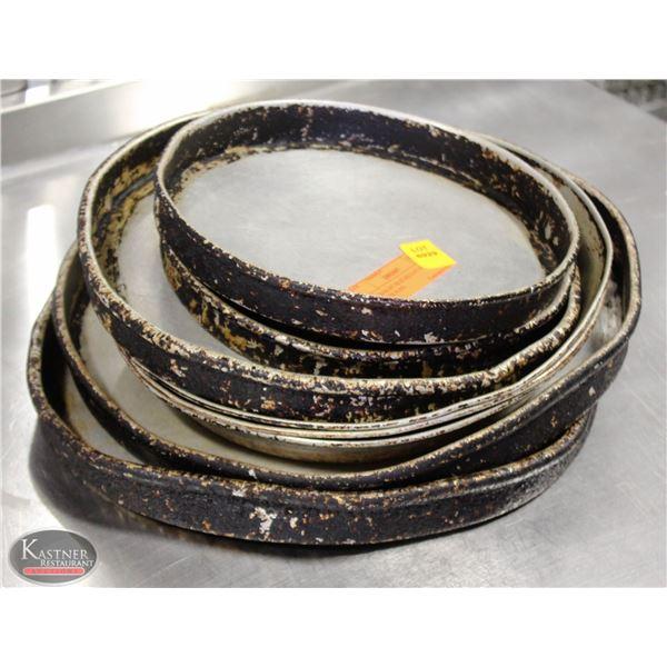K25 BAILIFF SEIZURE:LOT OF 8 ASSO. SIZE PIE PANS