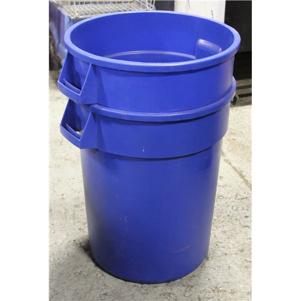 LOT OF 2 COMMERCIAL 32 GALLON GARBAGE BINS