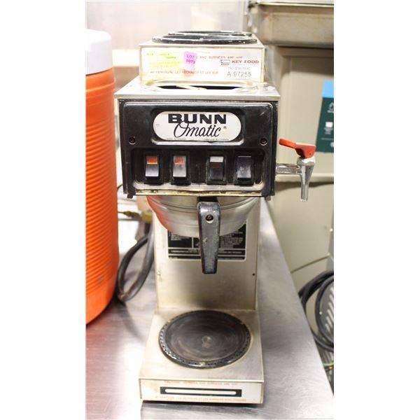 BUNN COFFEE MAKER W/ S/S FUNNEL W/ S/S FAUCET