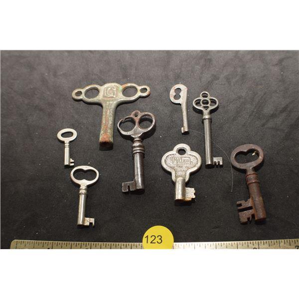 Unusual key lot