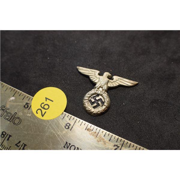 Nazi Pin (damage)
