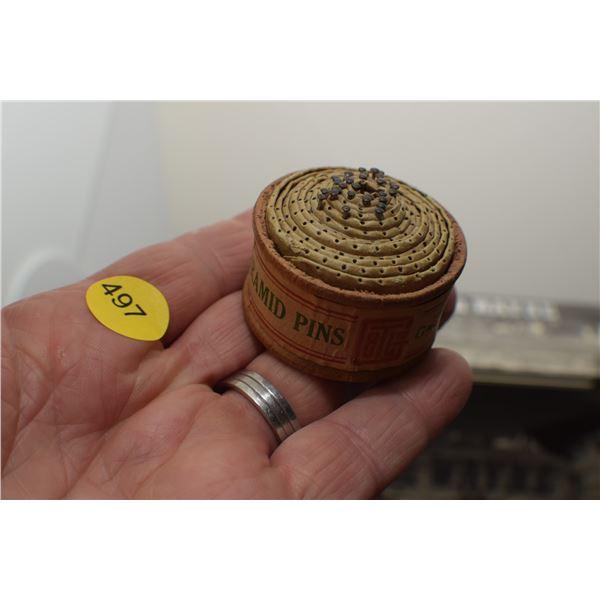 Bank Pyramid pin holder - Grand Toy Co.