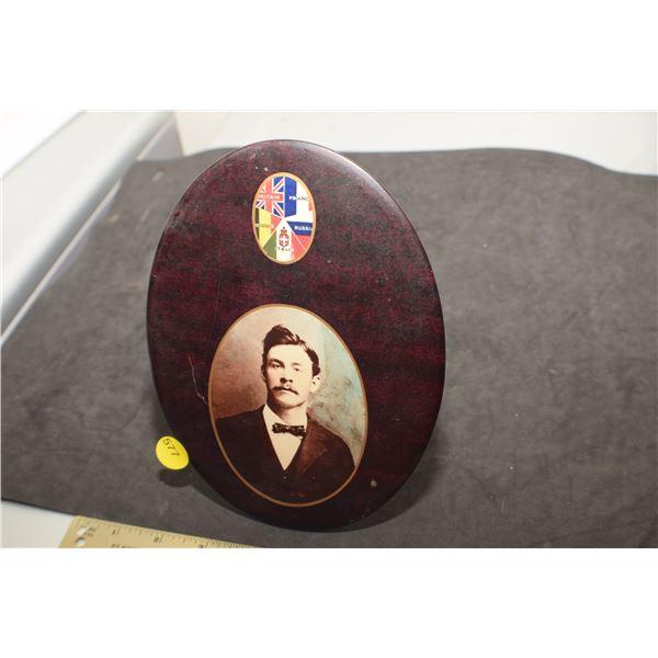 Antique WW I Memorial Plaque/pin back