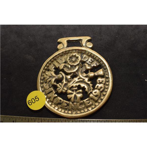1933 Horse Medallion