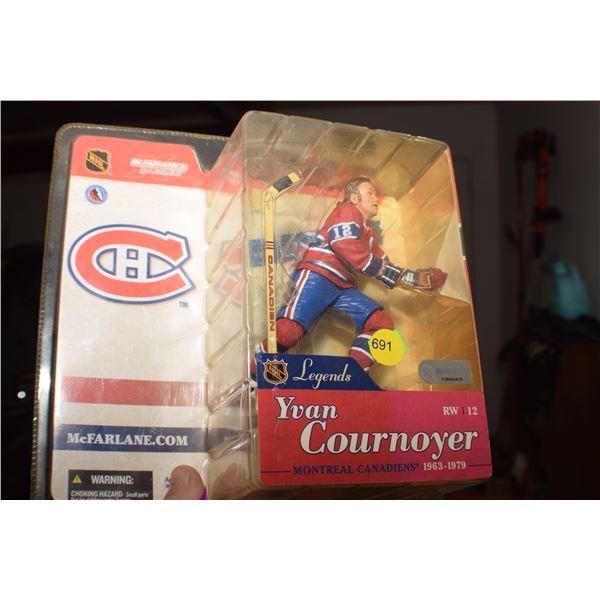 Cournoyer Hockey figure