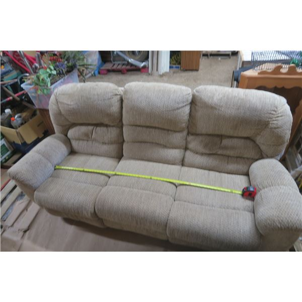 Nice Couch in Good Shape 7FT X 38 X 38