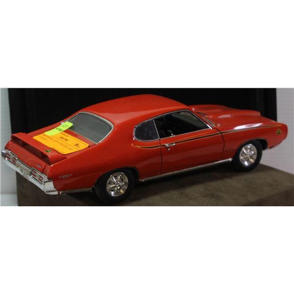 1969 PONTIAC GTO JUDGE DIE CAST 1:18 SCALE