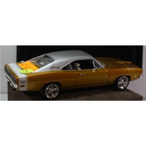 1969 DODGE CHARGER DIE CAST 1:18 SCALE