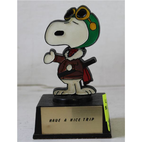 VINTAGE SNOOPY TRIP STATUE W/ PHOTOS ON BACK