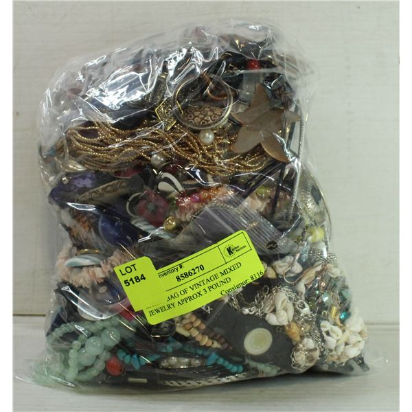 LARGE BAG OF VINTAGE MIXED JEWELRY APPROX 3 POUND