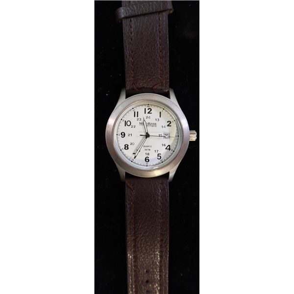 MENS WINDRIVER 3 ATM WRISTWATCH WITH BROWN BAND