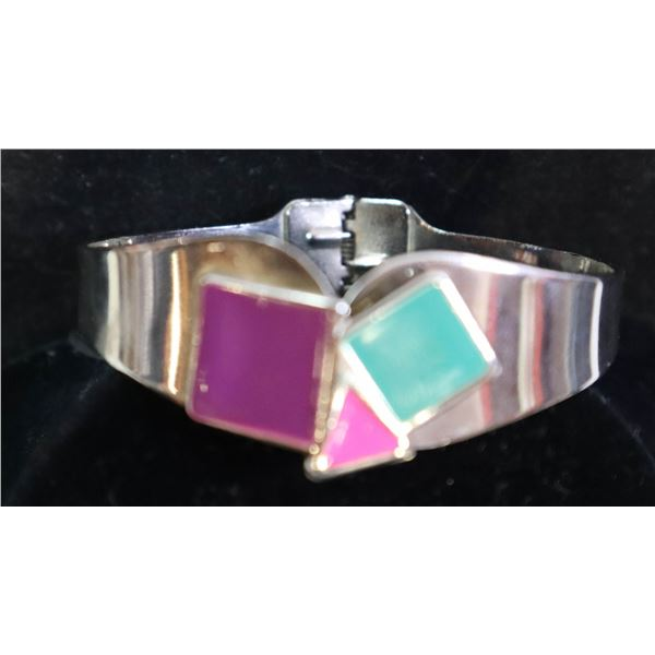 SILVER TONED BANGLE CUFF WITH COLORED