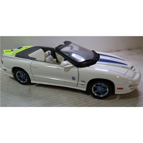 1999 MUSTANG GT 1:18 SCALE DIECAST
